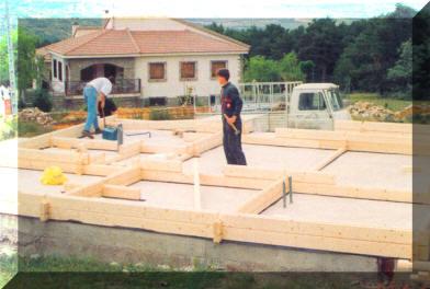 Casas de madera fabricacion de bungalows y casa de - Construccion de bungalows ...